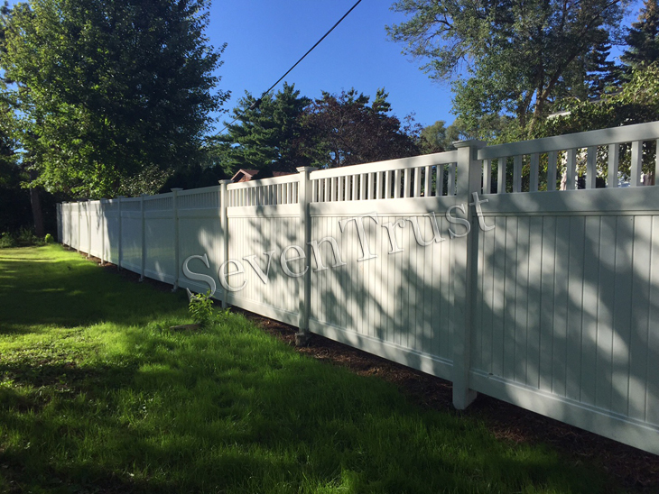 vinyl fence project in america
